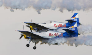 Red Bull -letecká show Hradec Králové fotograf: O.Littera